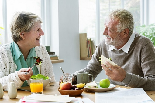 following-a-low-sodium-diet-for-seniors